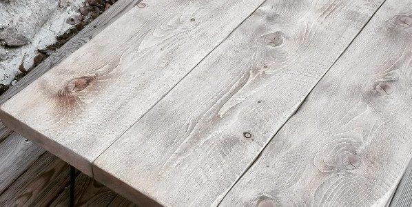 Table basse grisé clair